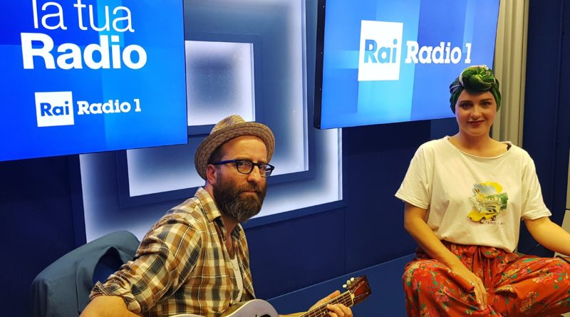 radio_Emma Morton & The Graces a Radio1